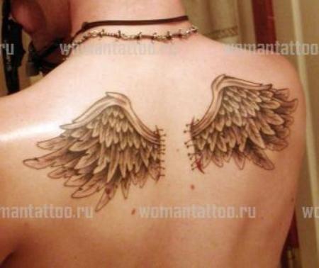 Тату ангелов на спине у мужчин