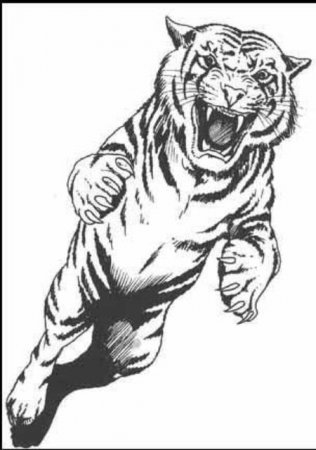 Татуировка тигр в прыжке.