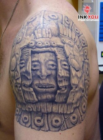 Татуировка на плече маска: http://tattoo-search.ru/index.php?newsid=3687